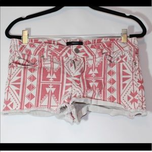Forever 21 Aztec shorts size 28 Runs small